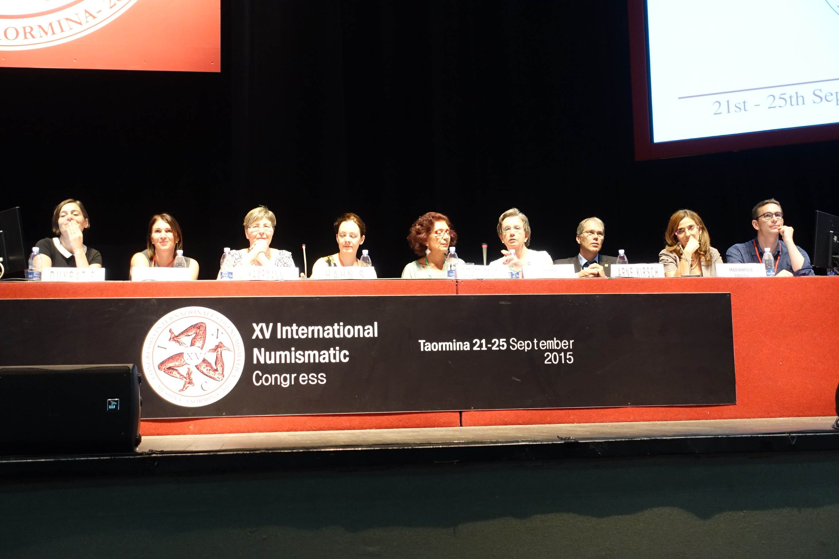 Taormina, table-ronde du 23 septembre 2015: «Numismatics in the 21st century: Jobs, careers, professions for the young generation of coin enthusiasts» (Photographie avec la gracieuse autorisation de © MünzenWoche/CoinsWeekly)