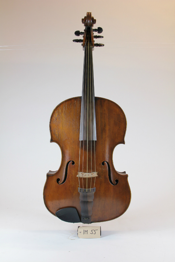 Louis Guersan, Viola pomposa, vers 1755 ©MAH, photo : E. Marconi
